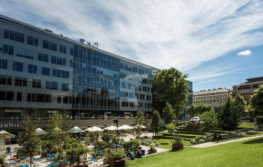 Allianz Real Estate made the off-market purchase of Eiffel Square, Budapest