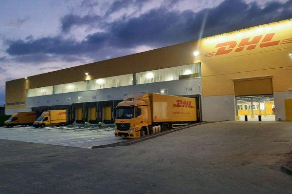 Cromwell Property Group and Korean real estate investment manager, IGIS Asset Management have agreed to purchase seven DHL logistics assets in Italy.