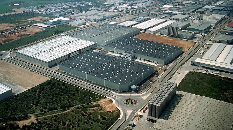 The warehouses are in Barcelona and Seville areas